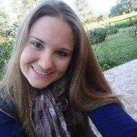 Claudia Betina Reis | Social Profile