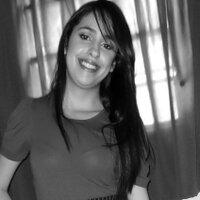 Quézia Vianna   Social Profile