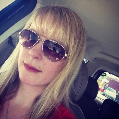Lisa Toro | Social Profile