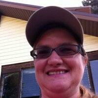 Shellie Paparazzo   Social Profile