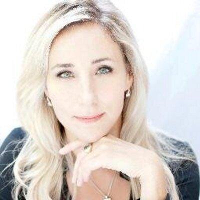 Michelle Czernin von | Social Profile