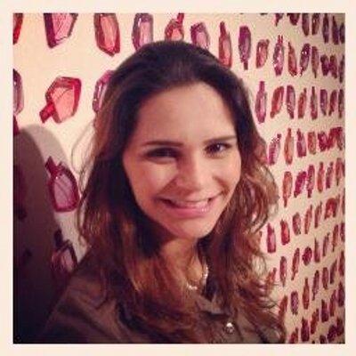Viviane França | Social Profile