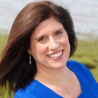 Sandra Champlain | Social Profile