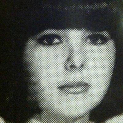 Carole K | Social Profile
