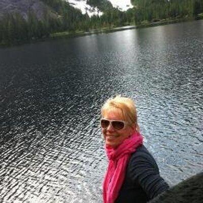 SusanJPOwens | Social Profile