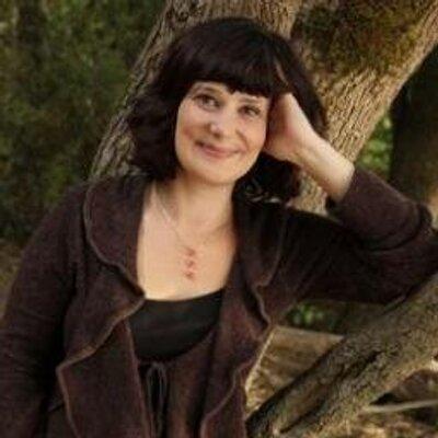 Molly Norton   Social Profile
