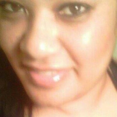 Daaaamn Gina  | Social Profile