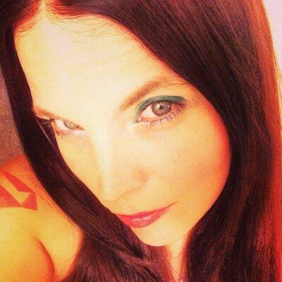 Shari Lester | Social Profile