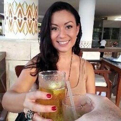 Kyzandrha Lahey | Social Profile