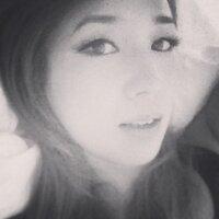 Rachelle | Social Profile