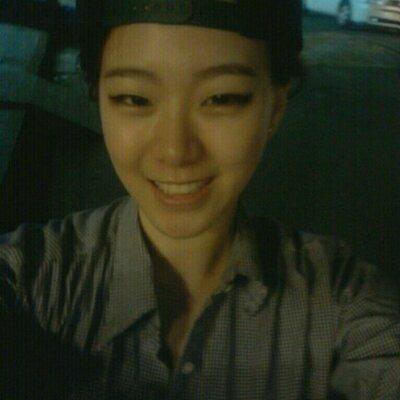 김혜은 | Social Profile