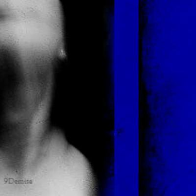 أزرق   Social Profile