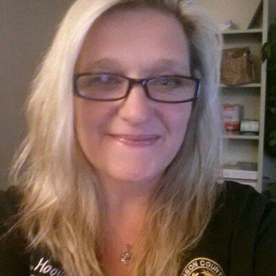 Liesl Hoover   Social Profile