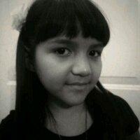 mariana zuñiga   Social Profile