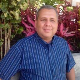 Salomón Rivero López Social Profile