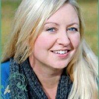 Kristin Rae | Social Profile