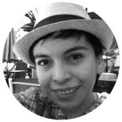 Denisse Leon | Social Profile
