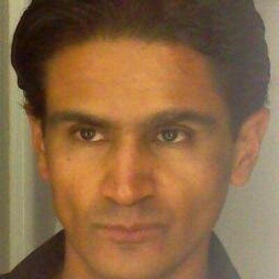 Armando Saavedra | Social Profile