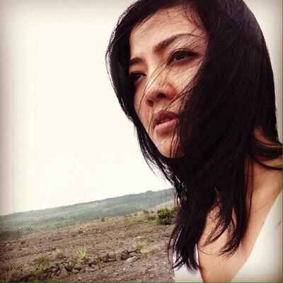 iNa Nurulita | Social Profile