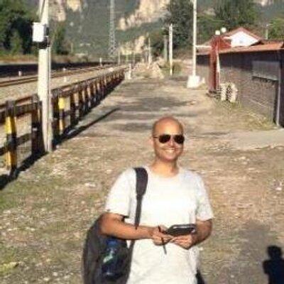 Vallabh Rao 瓦拉 饶 | Social Profile