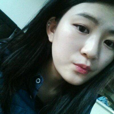 jihyeon lee | Social Profile