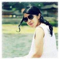 Liza Radjagukguk   Social Profile