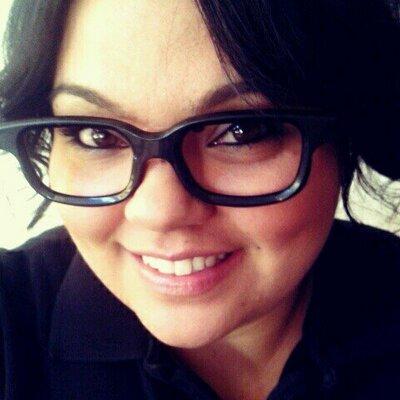 Kirsty Dolores MUA   Social Profile
