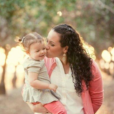 Kayleigh Larkins   Social Profile
