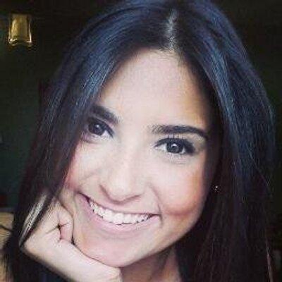 Ana Carolina | Social Profile