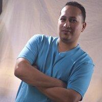 Vic Mendez | Social Profile