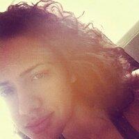Estefanía Marchi | Social Profile