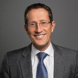 Richard Quest Social Profile