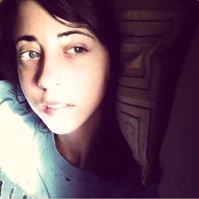 Alexis | Social Profile