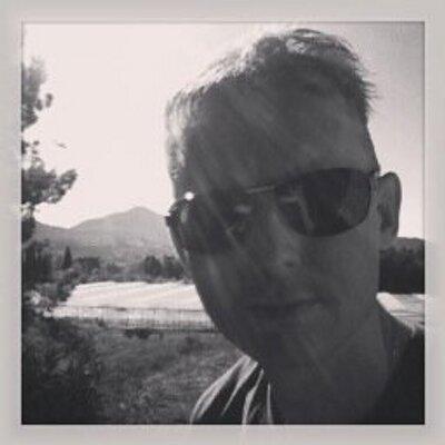 Henno van der Helm | Social Profile