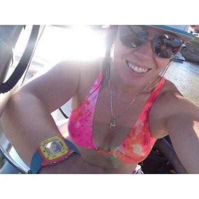 Daniella Lambert   Social Profile