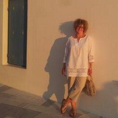 Jules Field | Social Profile