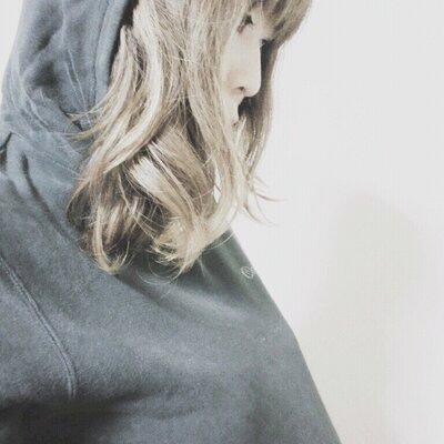 ひな | Social Profile