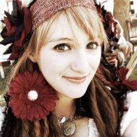 Sarah W.   Social Profile