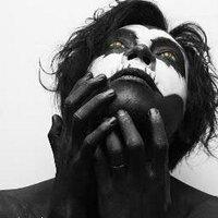Vickar Adam | Social Profile