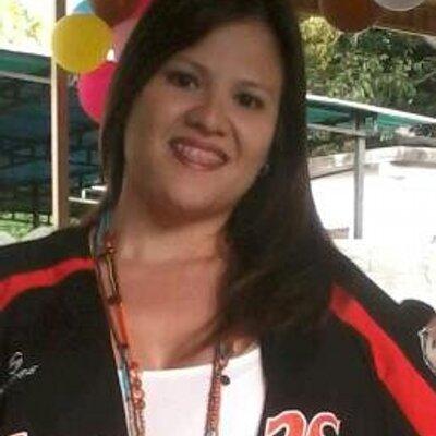 Maybelis Fernández   Social Profile