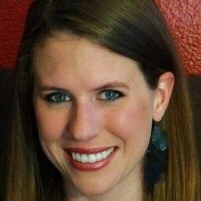 Lindsey Evraets | Social Profile