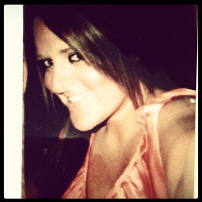 Laura Coteman | Social Profile