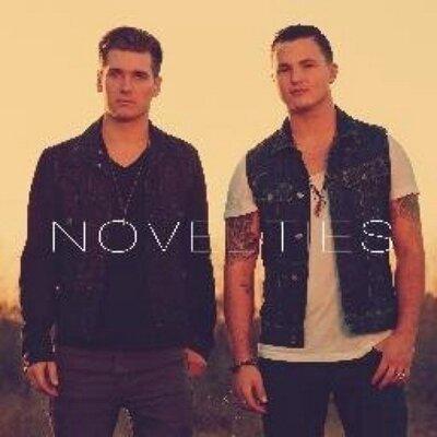 Novelties ILST | Social Profile