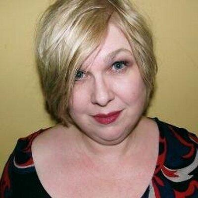 Beth Brewster | Social Profile