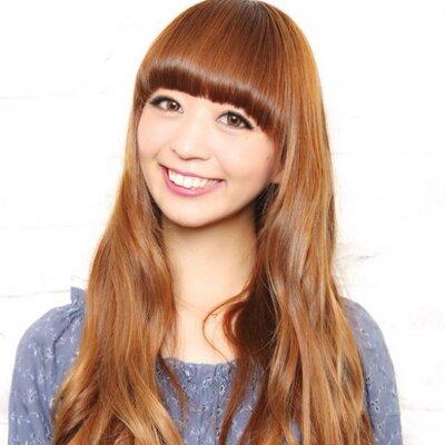 石田千尋 | Social Profile