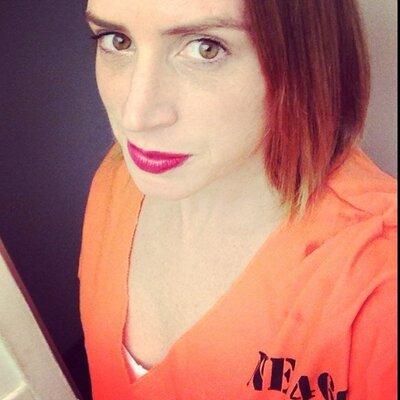 Sarah McLeod Simmons   Social Profile