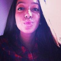 yasmina | Social Profile