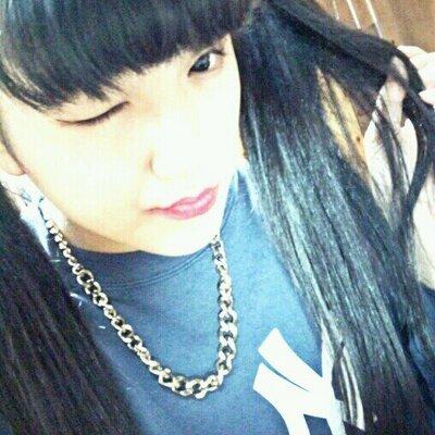 KI_NA♡ | Social Profile
