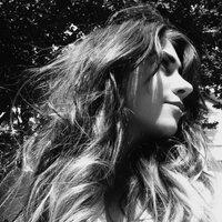 Amber Leone | Social Profile