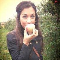 Valerie Mirza | Social Profile